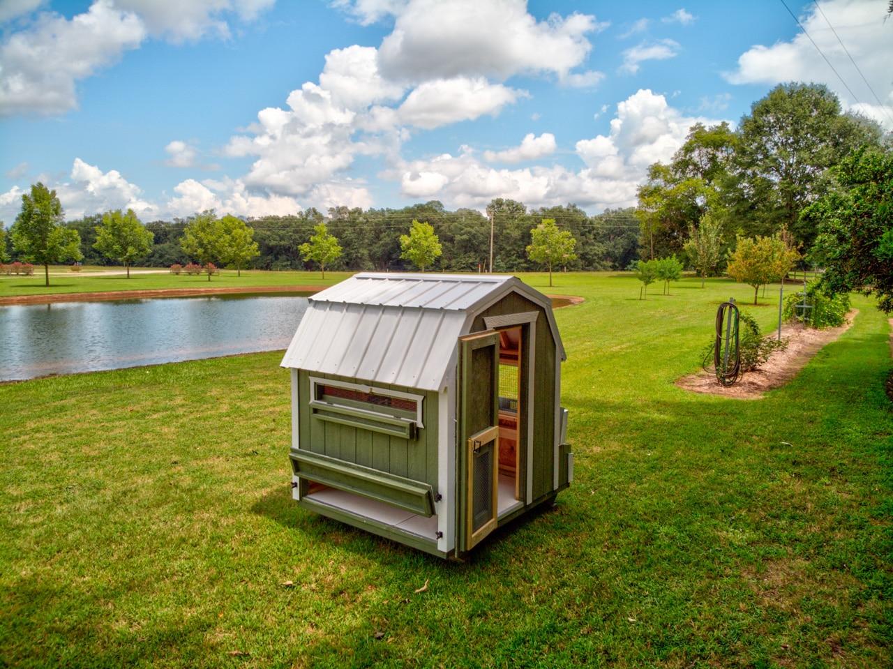 portable building - chicken coop