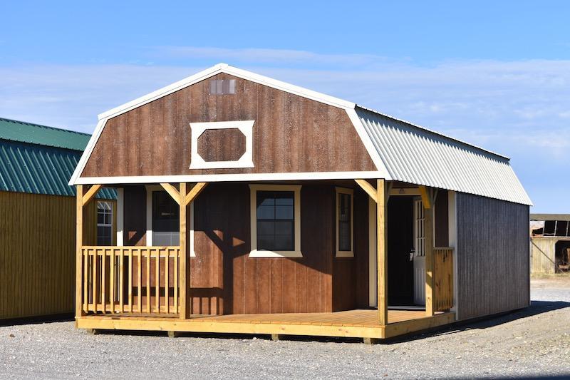 Derksen Deluxe Lofted Barn Cabin